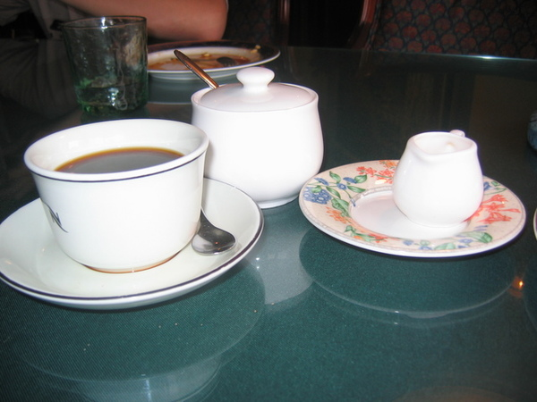 高雄木童-玫瑰奶茶