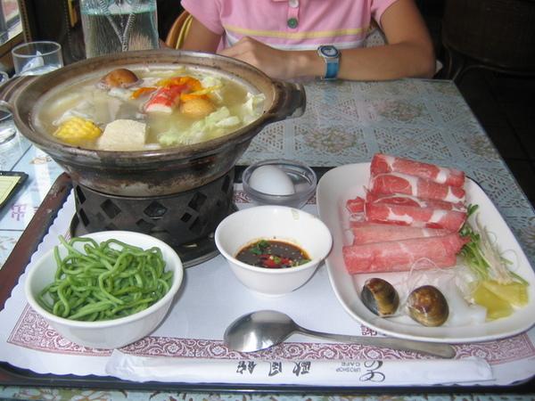 台南大學路歐風三館-奶油豬肉鍋
