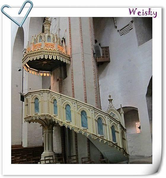 Turku cathedral (高台).jpg