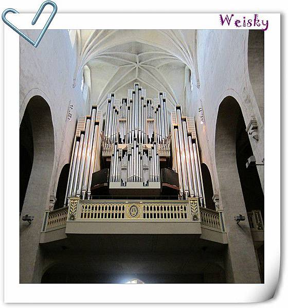 Turku cathedral (管風琴).jpg