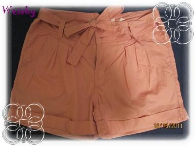 10.16 H&M (pink小短褲).jpg