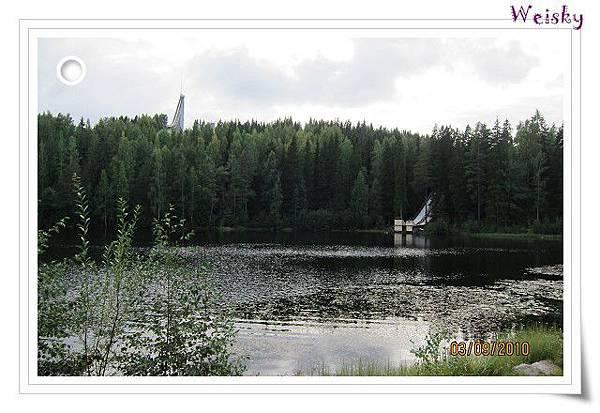 SAUNA-LAKE3].jpg