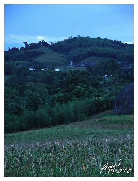 清晨的赤柯山
