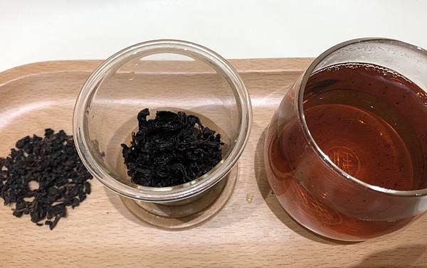 茶湯 茶色 葉底