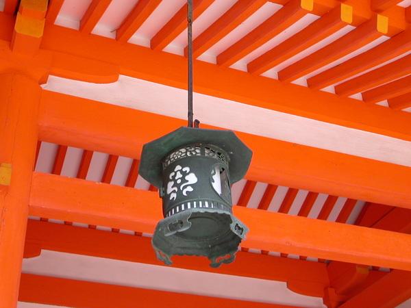 平安神宮裡的吊燈
