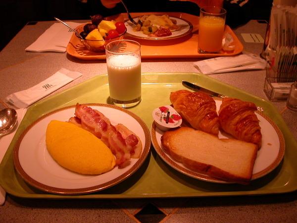 京都麗嘉皇嘉的早餐buffet-round1