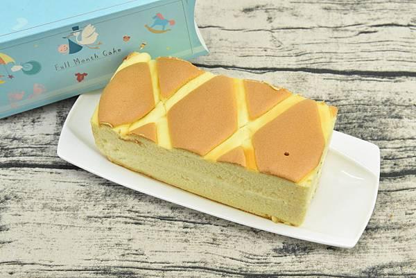 牛奶布丁彌月蛋糕
