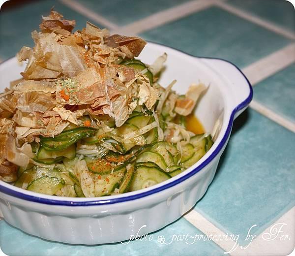 和風柴魚-微微辣-小黃瓜涼拌白銀菇.jpg