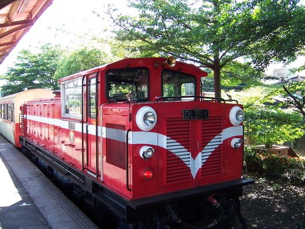 小火車的尾巴
