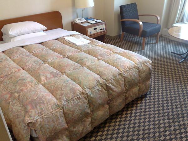 床真的頗大啊