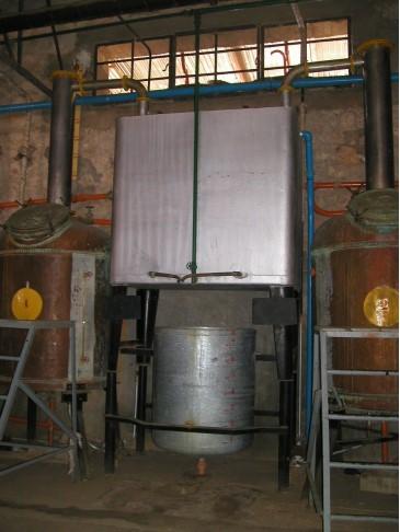 蒸餾設備.jpg