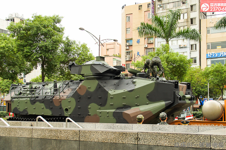 20111010國防展演65.jpg