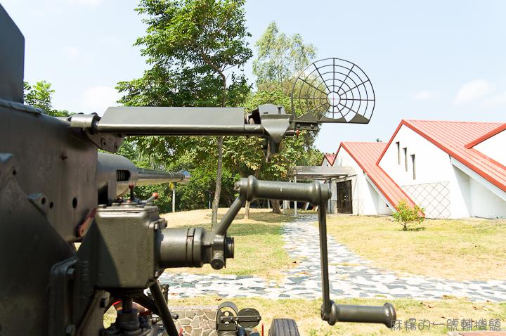 20121006M1 40mm快砲-3