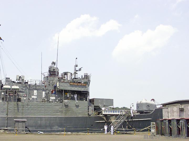 20060422濟陽軍艦-18