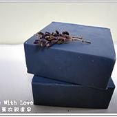 紫草薰衣親膚皂.JPG