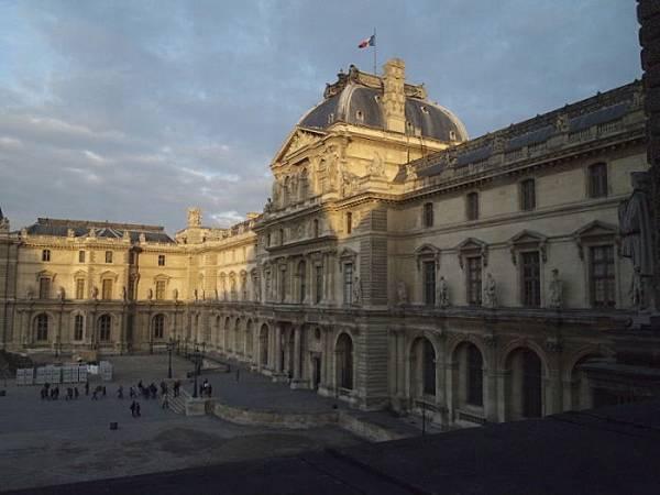 羅浮宮 (361)