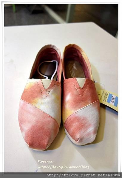 TOMS 鞋14.JPG