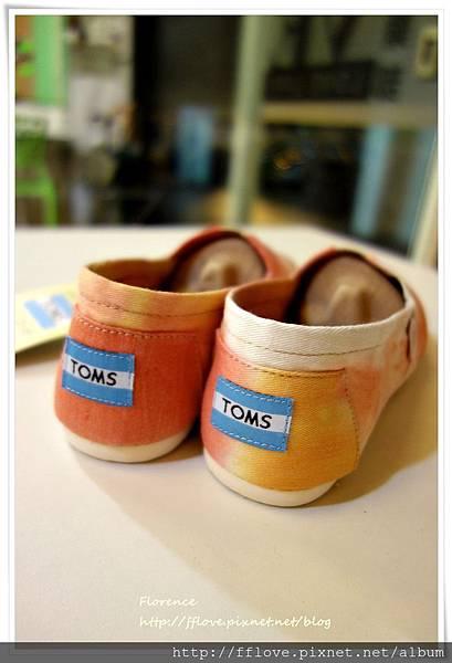 TOMS 鞋16.JPG