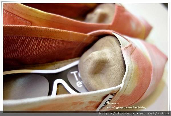 TOMS 鞋21.JPG