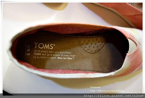 TOMS 鞋23.JPG