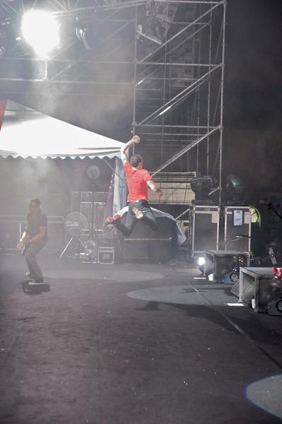 chester.jump.jpg