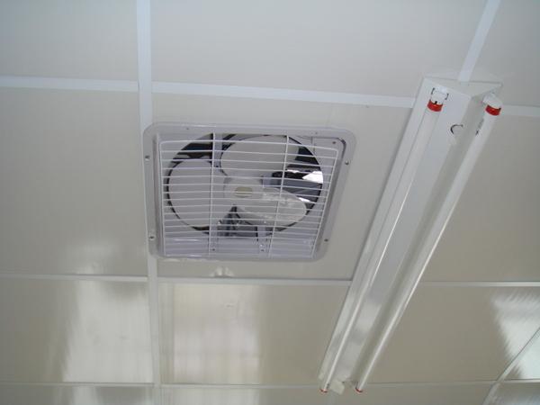 上下兩層排風扇