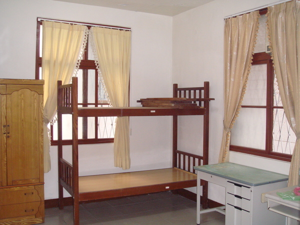 二樓學生房間2-3