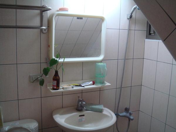 一樓衛浴2