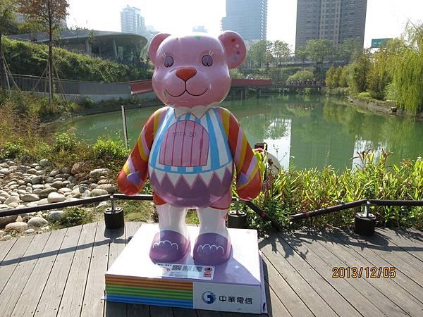 室外泰迪熊39.JPG