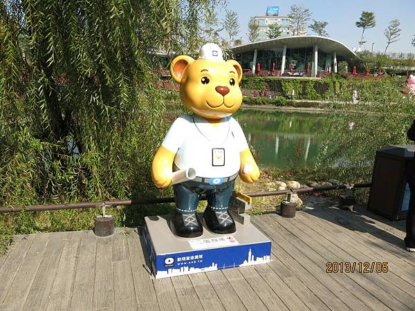 室外泰迪熊46.JPG
