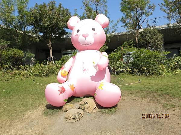 室外泰迪熊49.JPG