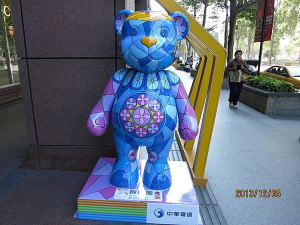 室外泰迪熊55.JPG