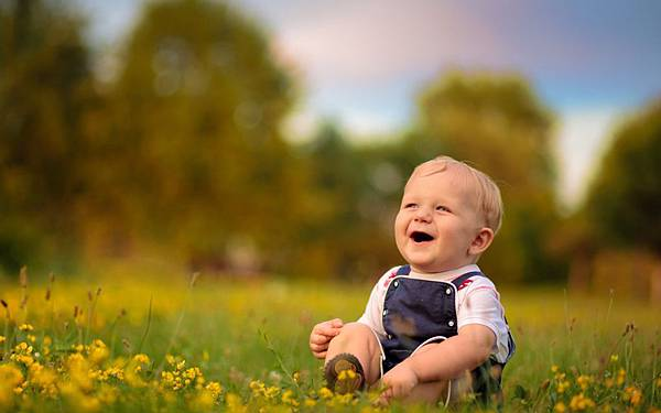 baby_boy_laugh_smile_67441_3840x2400.jpg