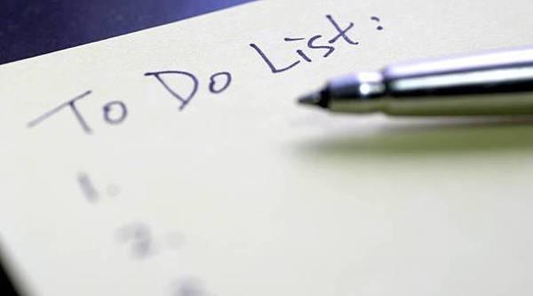 Pen-writing-a-list.jpg