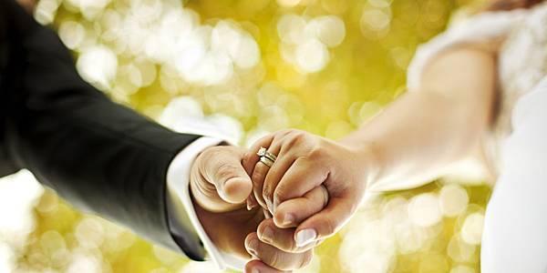 o-FAMILY-WEDDINGS-facebook.jpg