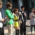 2010/10/03 大嘴巴 「精選+新歌首部曲」預購簽唱會