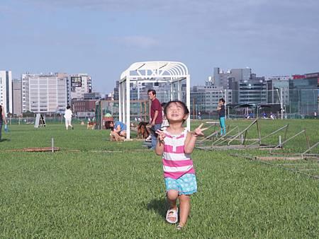1021013大佳河濱公園遛狗8