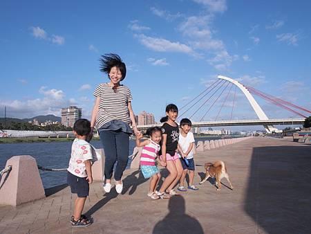 1021013大佳河濱公園遛狗21