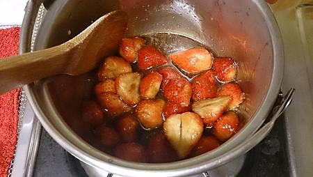 2014.01.06親自動手做草莓醬4