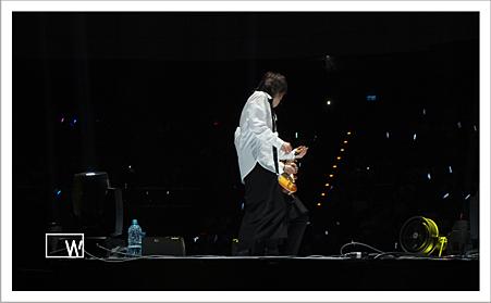 2014 無盡閃亮的世界巡迴演唱會 台北場-1