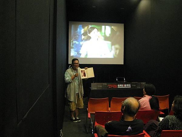 林孝謙導演秀出父母親的結婚照