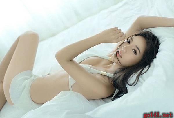 女模火辣激情7.jpg