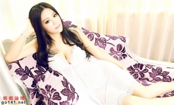 E奶模特黑色蕾絲6.jpg