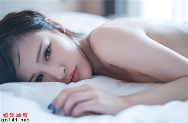 白皙粉嫩肌膚令人瘋狂3.jpg