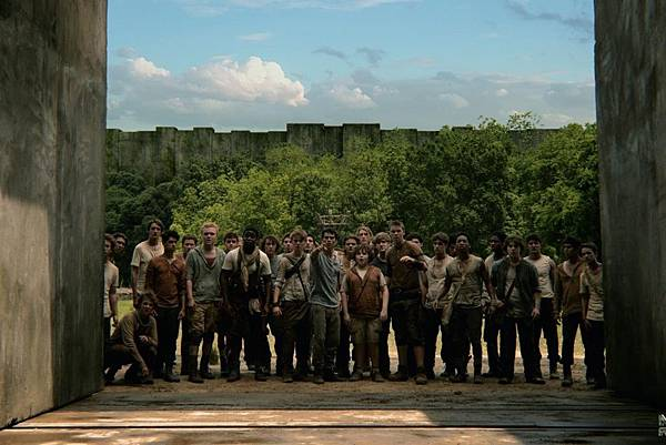 still-of-dylan-obrien-in-the-maze-runner-2014-large-picture-1050x700