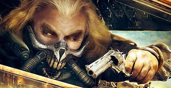 Mad-Max-Fury-Road-Trailer-Comic-Con-2014