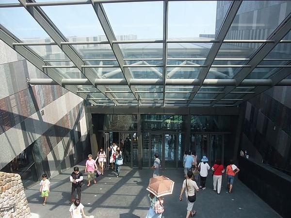 蘭陽博物館-門口.JPG