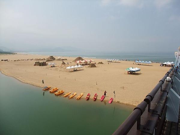福隆海水浴場-海浪沙灘陽光-3.JPG