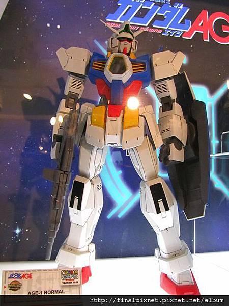 Gunpla EXPO 2011-鋼彈AGE-MEGA版本.jpg