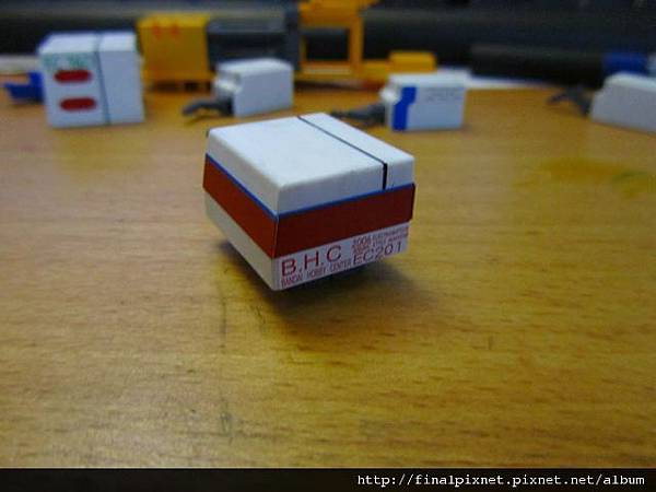 模型電動式4色射出成形機-蓋子-3.jpg